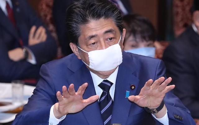 """朝日新聞の""""アベノマスク""""記事、多くの政治家や芸能人が拡散 → ネット『ミスリードで煽るの辞めてください』"""