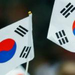 共同通信「韓国を助けず、教えず、関与しない『非韓三原則』で行こう、など韓国蔑視とも受け取れる言葉が出ている」