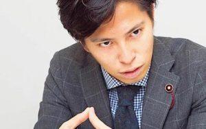 おじま紘平議員「秋葉原の大手メイドカフェ『@ほぉ~むカフェ』で集団感染… 私はシルバー会員です」