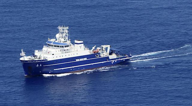 沖ノ鳥島周辺の中国船取り締まり強化へ 自民党が立法措置や現地視察検討