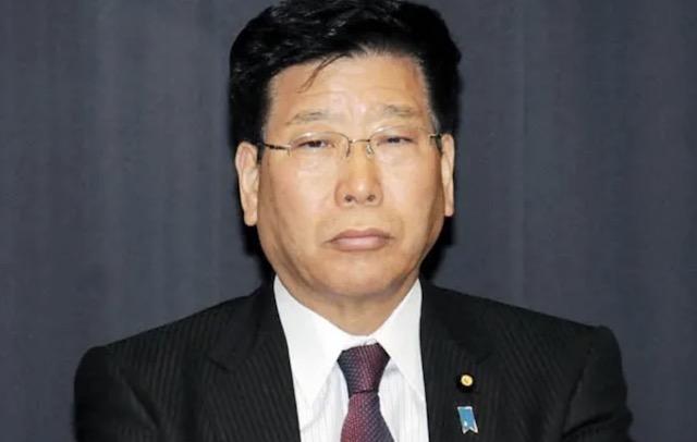 衛藤担当相、児童手当「第3子以降は月6万円に」 財源に企業内部留保など