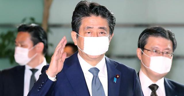 """安倍首相、ストレスで深刻な体調不良説 """"家からなかなか家から出なくなってきた"""""""