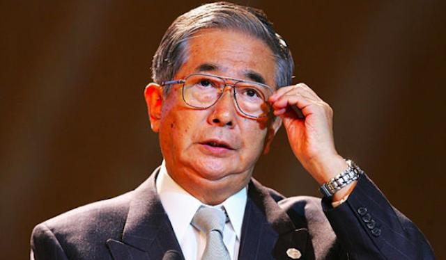 石原慎太郎氏が靖国参拝「首相と天皇陛下は参拝を」