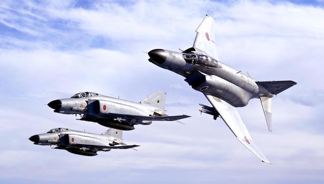 米で練習機が墜落、空自隊員死亡 留学中に搭乗