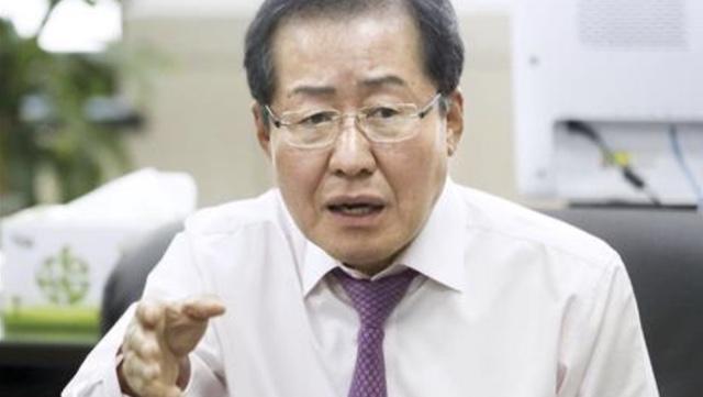 韓国・洪議員「李在明知事が大統領になれば文大統領は1年以内に監獄へ」