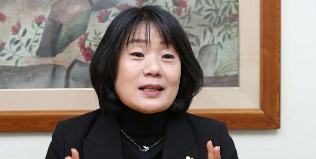 【韓国】元慰安婦支援団体理事長・尹美香議員、土地不正取引疑惑で党除名処分
