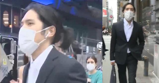 """【動画】小室圭さん、ロン毛束ねポケットに手を突っ込んだまま 突撃取材を""""ガン無視"""""""